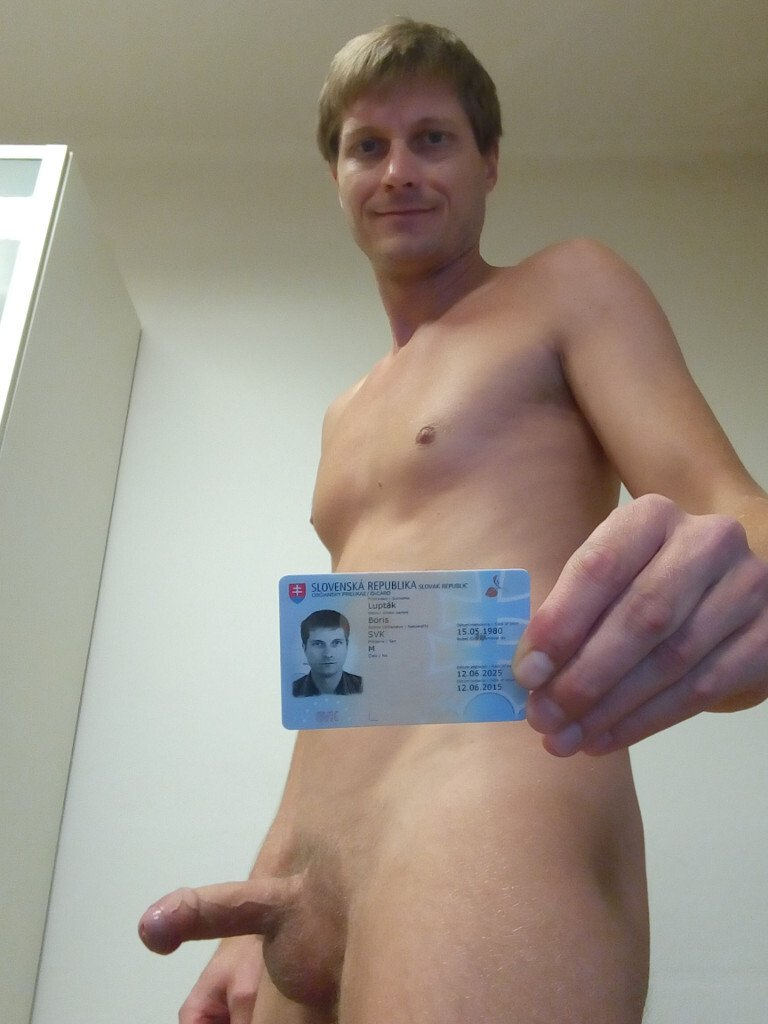 Boris Lupták naked ID side